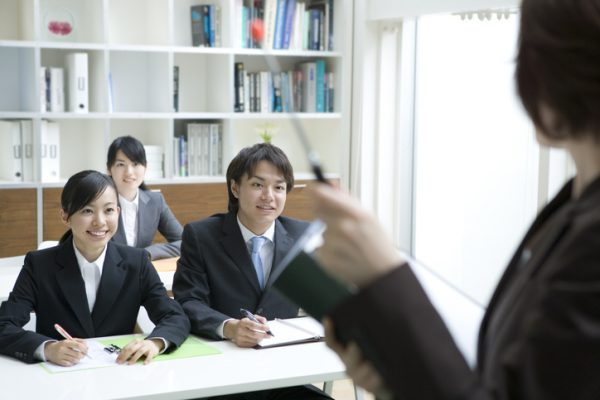 新人研修は新入社員の社会人生活を左右する大事なイベント