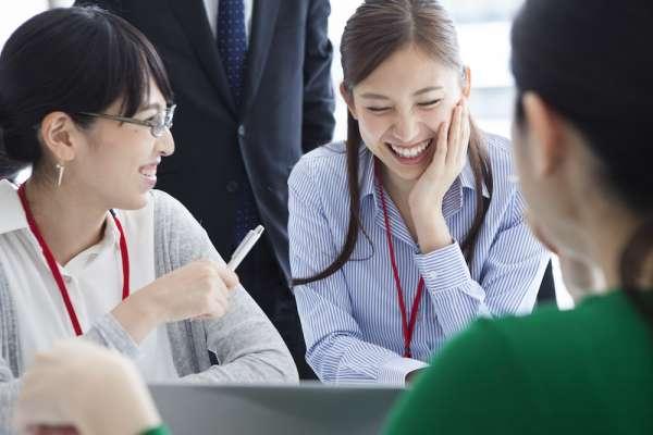 自己紹介にアイスブレイクを活用して会議や研修にありがちな緊張感を和らげよう