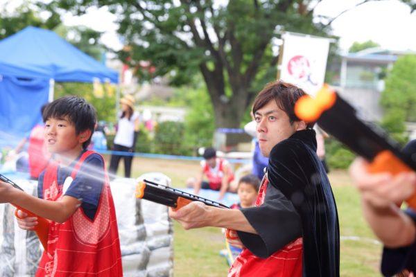 夏のずぶ濡れイベントはこれだ!テーマパークでの水合戦の様子を大公開!