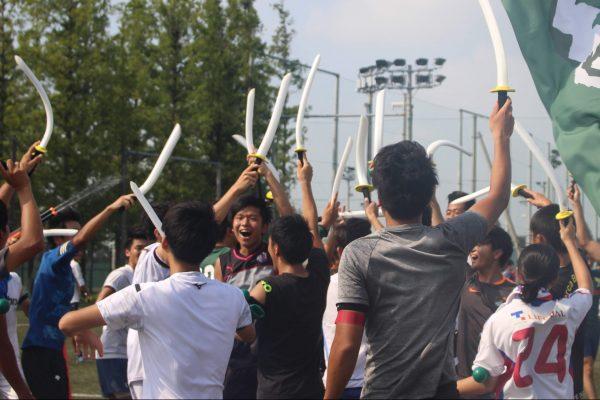 大学生のイベント、チームビルディングにも!立教大学サッカー部×チャンバラ合戦