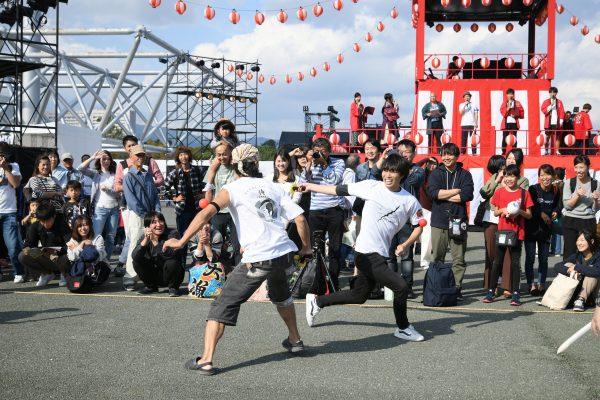 「JAPAN FESTIVAL COLLECTION ~祭りの祭り~」に出陣!ジャルジャル、シャンプーハットとのコラボも!「MAN OR THE LAST 侍」開催レポート
