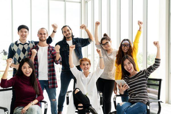 社内イベントを開催する目的とは?効果と人気コンテンツをご紹介!社内イベント担当者のインタビュー事例付き!