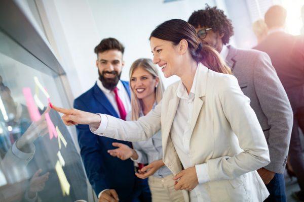 企業が健康経営に取り組むべき理由