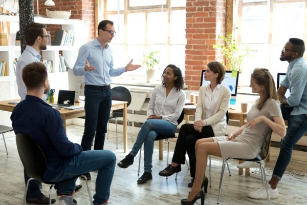 ビジネスにおけるワークショップの意味は?セミナーとの違いも解説