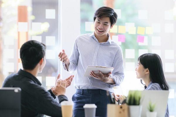 グループワークとは?導入のメリットや評価のポイントを解説します