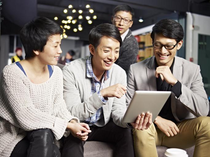 職場のコミュニケーションロスを解消し社員の生産性アップをはかる方法