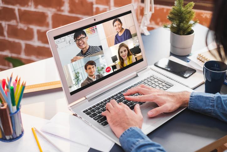オンラインで社内イベントを行う際の注意点