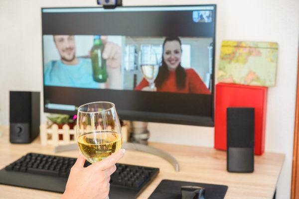 企業飲み会をオンラインでやろう!幹事がすべきこと&おすすめツール8選を紹介