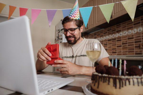 オンライン社内パーティーでぴったりの企画とおすすめフードを紹介!