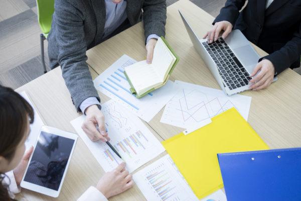 社内レクリエーションのおすすめ10選|福利厚生を充実させるための費用感や注意点を解説