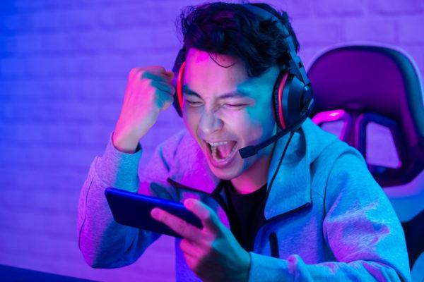 オンライン向けパーティーゲーム15選!クイズやボードゲームなどで楽しもう